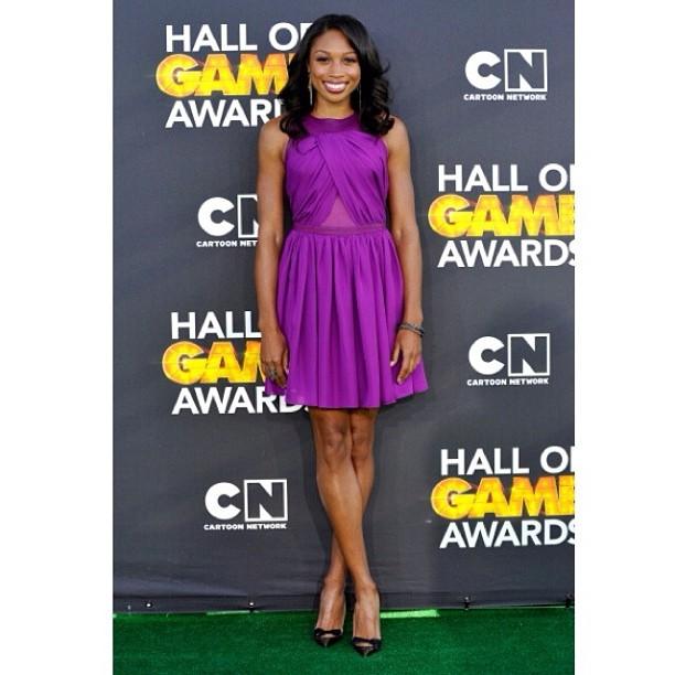 Allyson-Felix-cartoon-network-hall-of-game-awards-Purple-dress