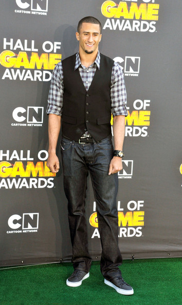 Colin-kaepernick-cartoon-network-hall-of-game-awards-fashion