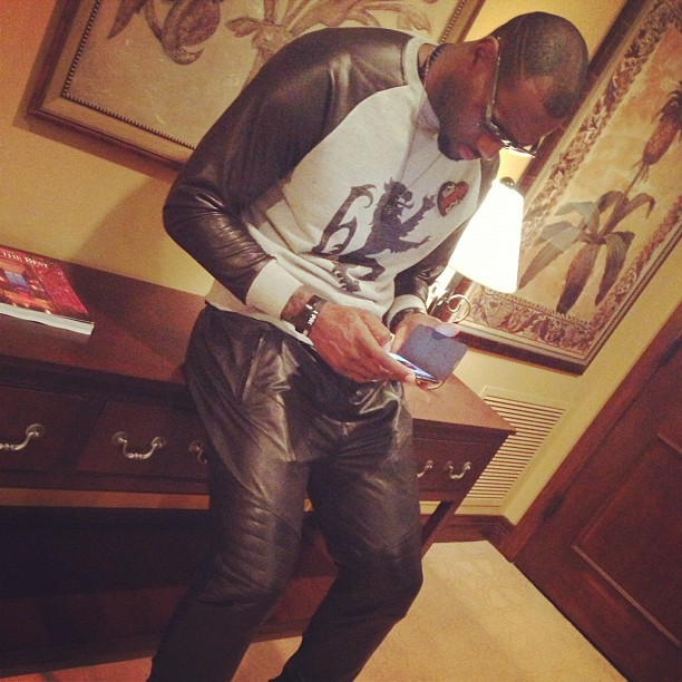 lebron-james-all-star-weekend-2013-saturday-night-ennoir-leather-pants