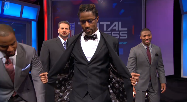 nate-burleson-nfl-network-total-access-suit-3