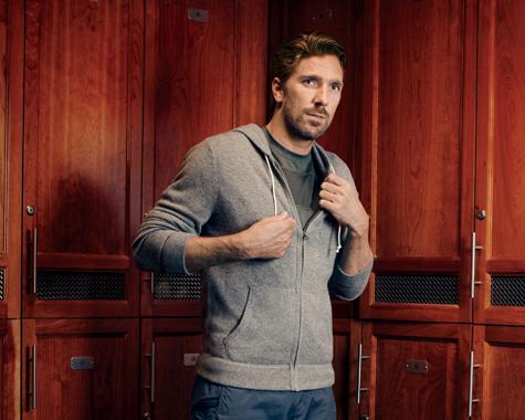 New York Rangers Henrik Lundqvist Teams With Mens Health Magazine