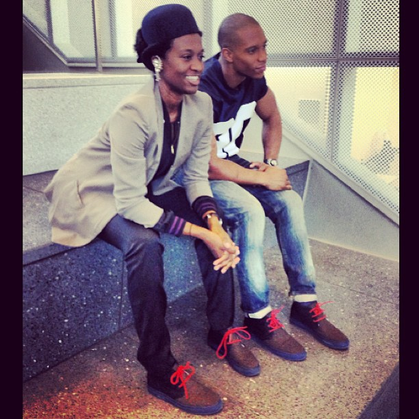 victor-cruz-instagram-del-toro-grungy-gentleman-chukka-shoes