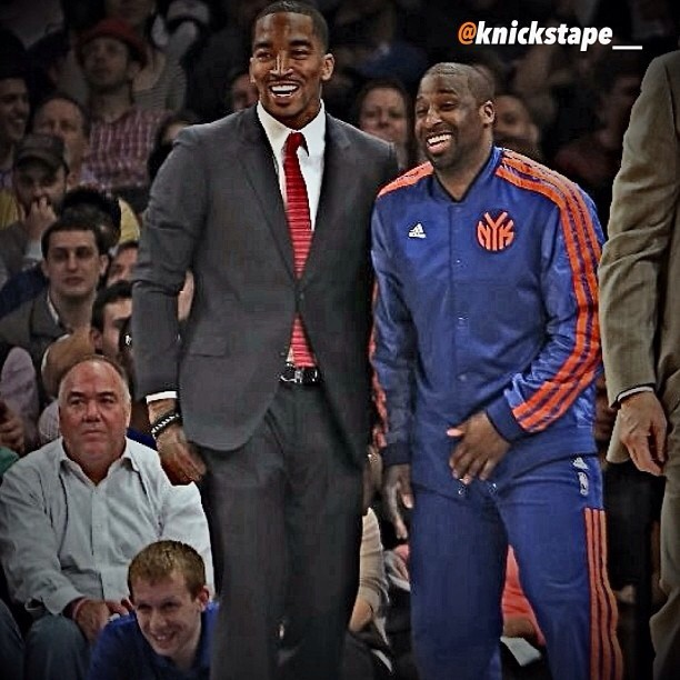 jr-smith-bench-ny-knicks-vs-atlanta-hawks