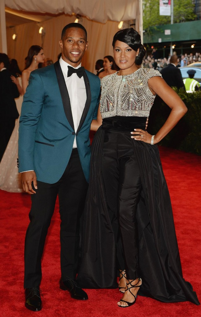 Victor-Cruz-2013-met-ball-fashion-2