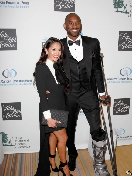 kobe-bryant-EIF-Women'-Cancer-Research-Fund'raiser-fashion