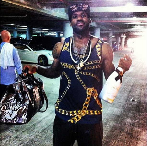 Lebron-james-2013-nba-championship-android-homme-gold-chain-tank-fashion-style-2-2013-nba-finals