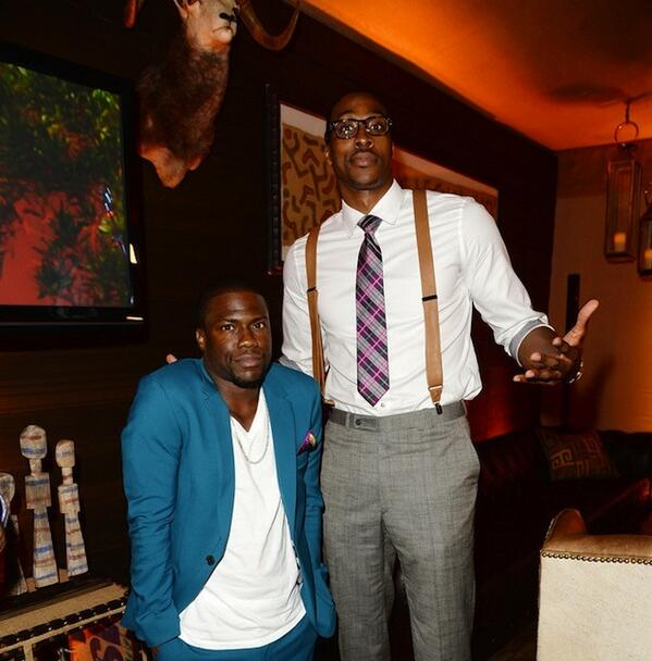 dwight-howard-fashion-guys-choice-awards-with-kevin-hart