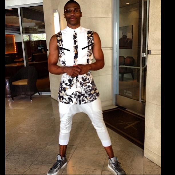 russell-westbrook-2013-teen-choice-awards-alba-legacy-outfit-2