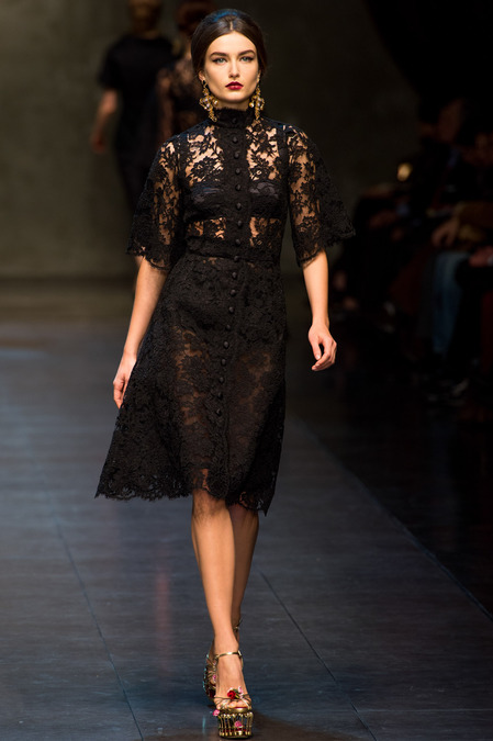 Dolce-and-Gabbana-fall-2013-lace-dress