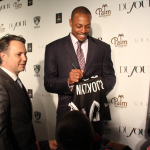 Paul Pierce signs a Brooklyn Nets Jersey