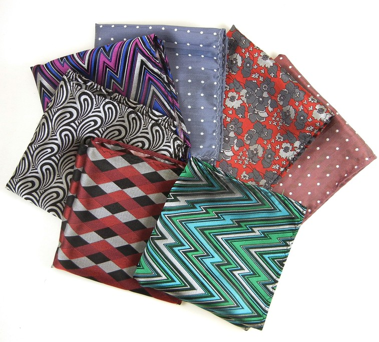 Dwyane-Wade-The-Tie-Bar-Collection-pocket-square-4