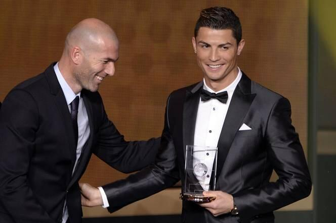 Cristiano-Ronaldo-2013-FIFA-Ballon-D-awards-ceremony-3