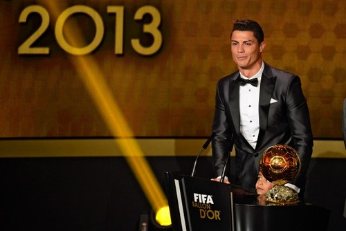 Cristiano-Ronaldo-2013-FIFA-Ballon-D-awards-ceremony