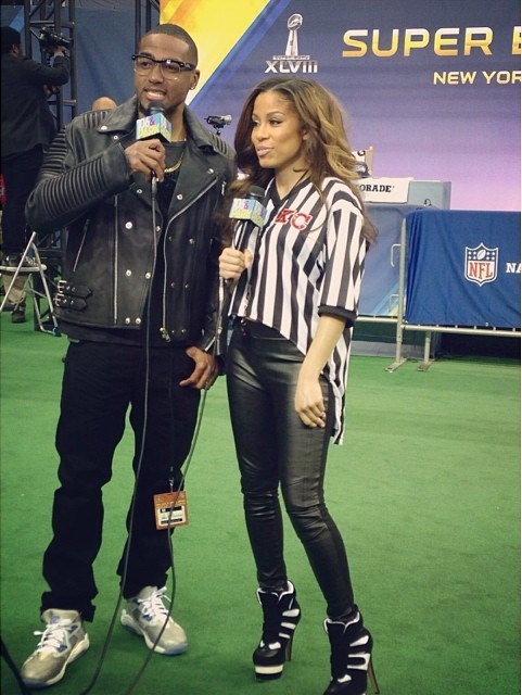 Desean also played co-host on BET 106 & Park yesterday, D-Jacc donned a fly custom Bass by Ron Bass   Freedom  moto jacket