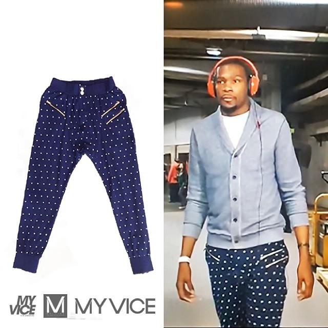Kevin-Durant-KD-VI-Aunt-Pearl-Sneakers-polka-dot-sweatpants