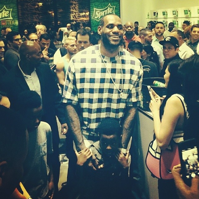 Lebron-James-Sprite-6-mix-31-Philip-Lim-Check-Poplin-Layer-Sweater
