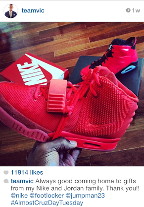 NFL-Victor-Cruz-Instagram-Nike-Air-yeezy-2-red-october
