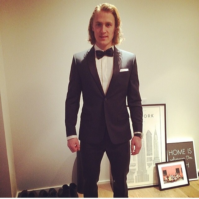 STYLE: NHL Carl Hagelin Discusses His Love For Slim-Fit Suits With Mens Fitness Magazine