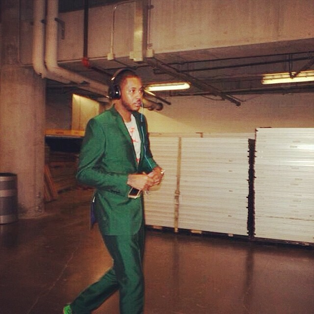 Carmelo-Anthony-Green-Suit-Miami-heat-game
