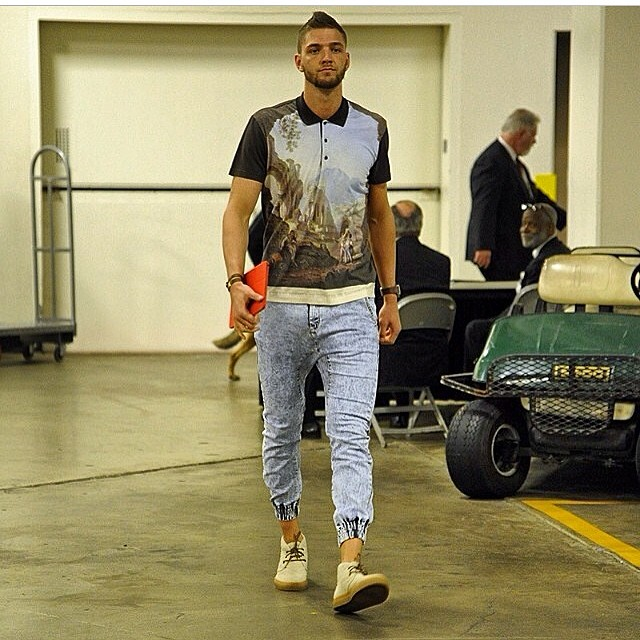 Chandler-parsons-dolce-gabbana-shirt-zanerobe-sweatpants-del-toro-shoes-2014-nba-playoffs-game-2-round-1