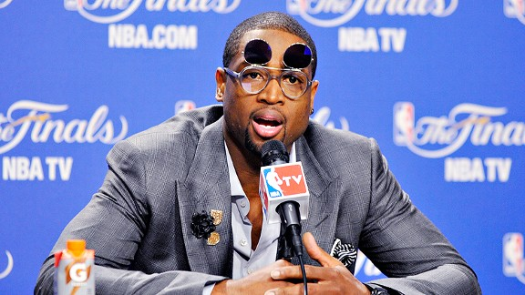Dwyane-wade-flip-up-glasses