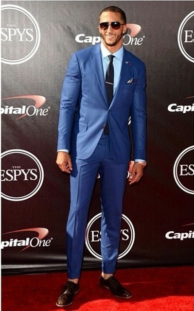 Colin-Kaepernick-2014-espys-espy-ISAIA-suit-pants-above-ankle