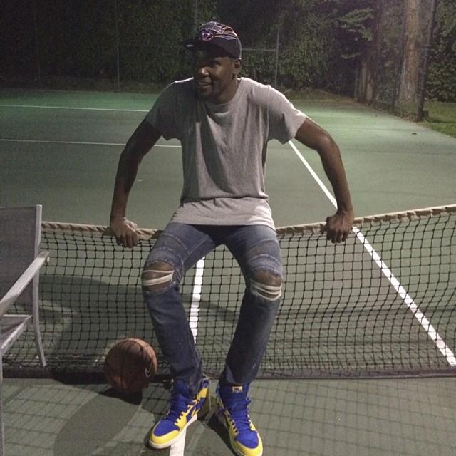 STYLE: NBA Kevin Durant Wearing Balmain Biker Jeans