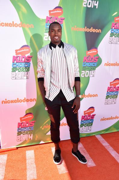 Serge-Ibaka-Nickelodeon-Kids-Choice-sports-pants-above-ankles