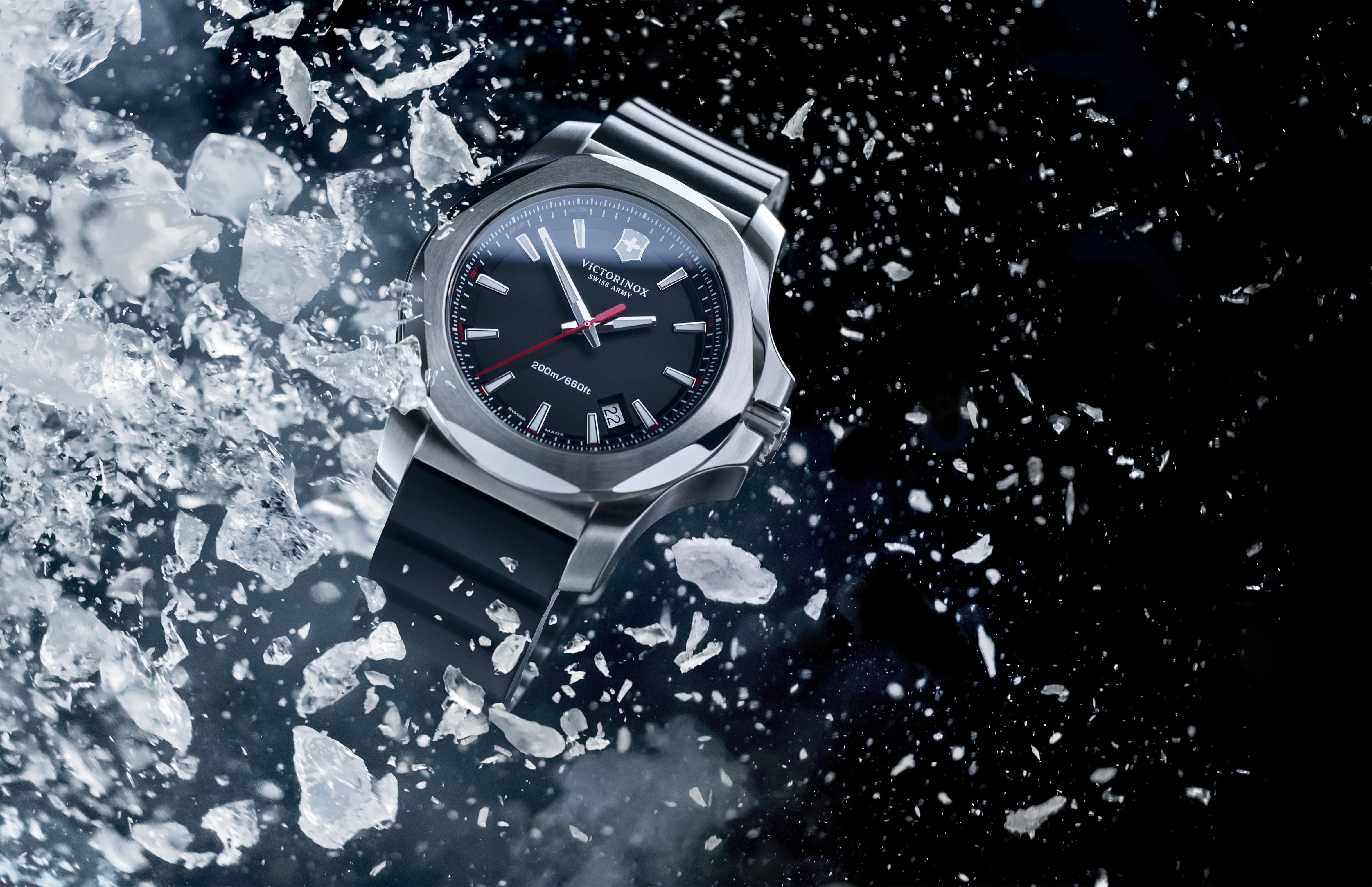 Victorinox-inox-watch-black