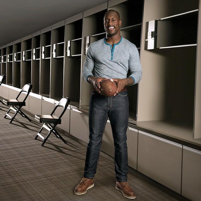 STYLE: NFL Vernon Davis Annouced As Levi's Brand Ambassador, Introduces Levi's 541 Athletic Fit Jeans