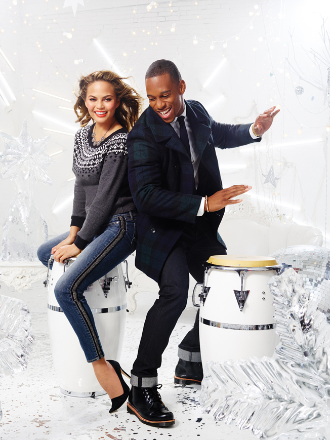 victor-cruz-chrissy-teigan-gap-factory-holiday-2014-campaign-3