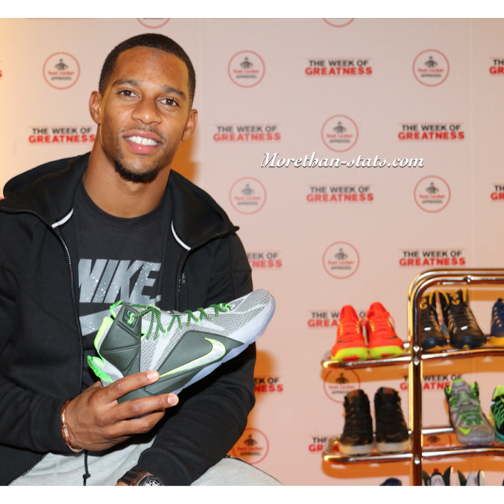 NFL Victor Cruz Hosts Foot Locker's Week Of Greatness Commercial Preview Event