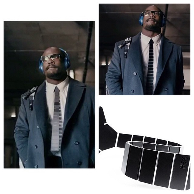 STYLE: NFL Von Miller Wears Hextie From The Future In New Beats By Dre Spot