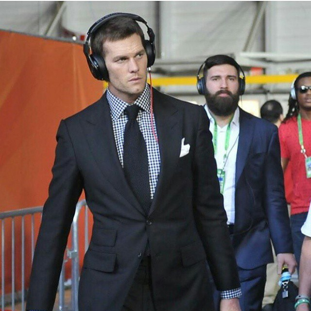 Tom-Brady-patriots-superbowl-suit