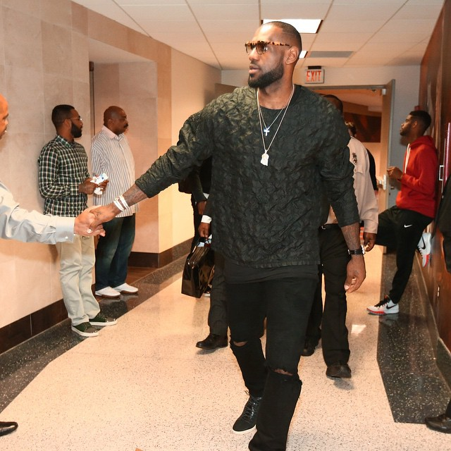 Lebron-James-game-2015-nba-playoffs-31-Phillip-Lim-Stitch-Silk-Shirt