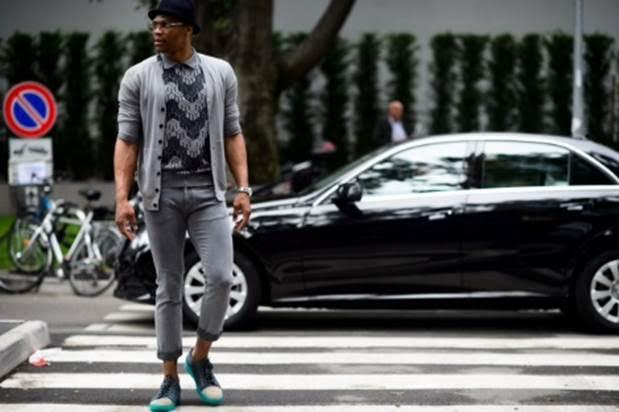 Gorgio-Armani-Russell-Wilson-Milan-Fashion-Week.jpg-3