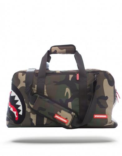Shark-duffle-sprayground-bag