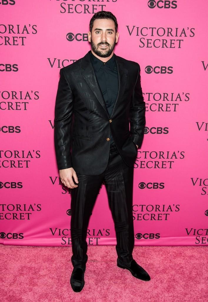 MLB Matt Harvey Wears Versace For 2015 Victoria's Secret Fashion Show Runway