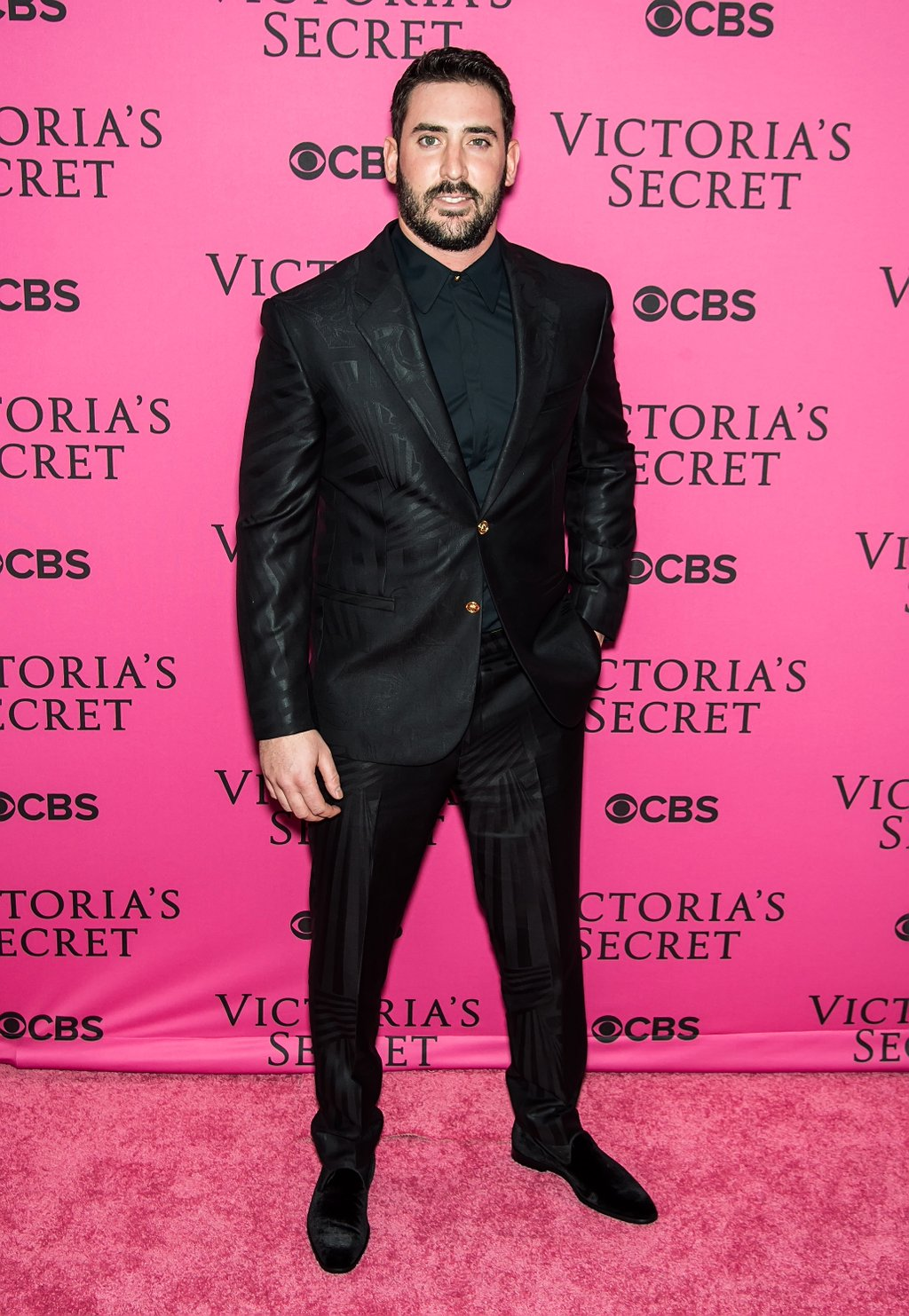 MLB Matt Harvey Wears Versace For 2015 Victoria's Secret Fashion Show Runway