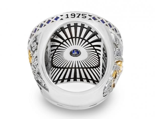 NBA-Golden-state-warriors-championship-ring-3