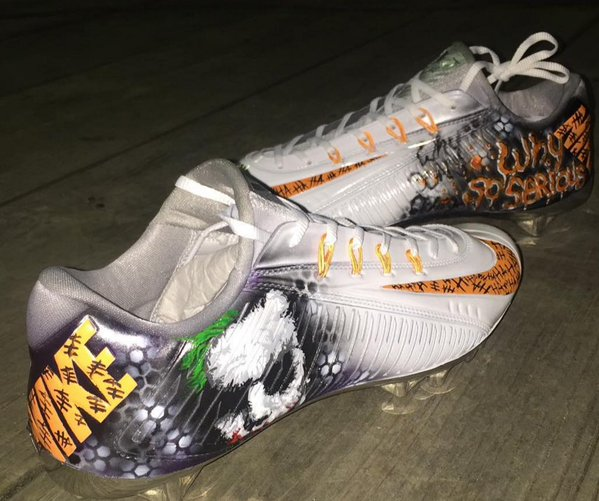 Cincinnati Bengals Mohamed Sanu Sr. Wears Custom JOKER Cleats