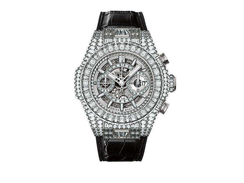 "Floyd ""Money"" Mayweather drops $1.1 Million on diamond Hublot watch"