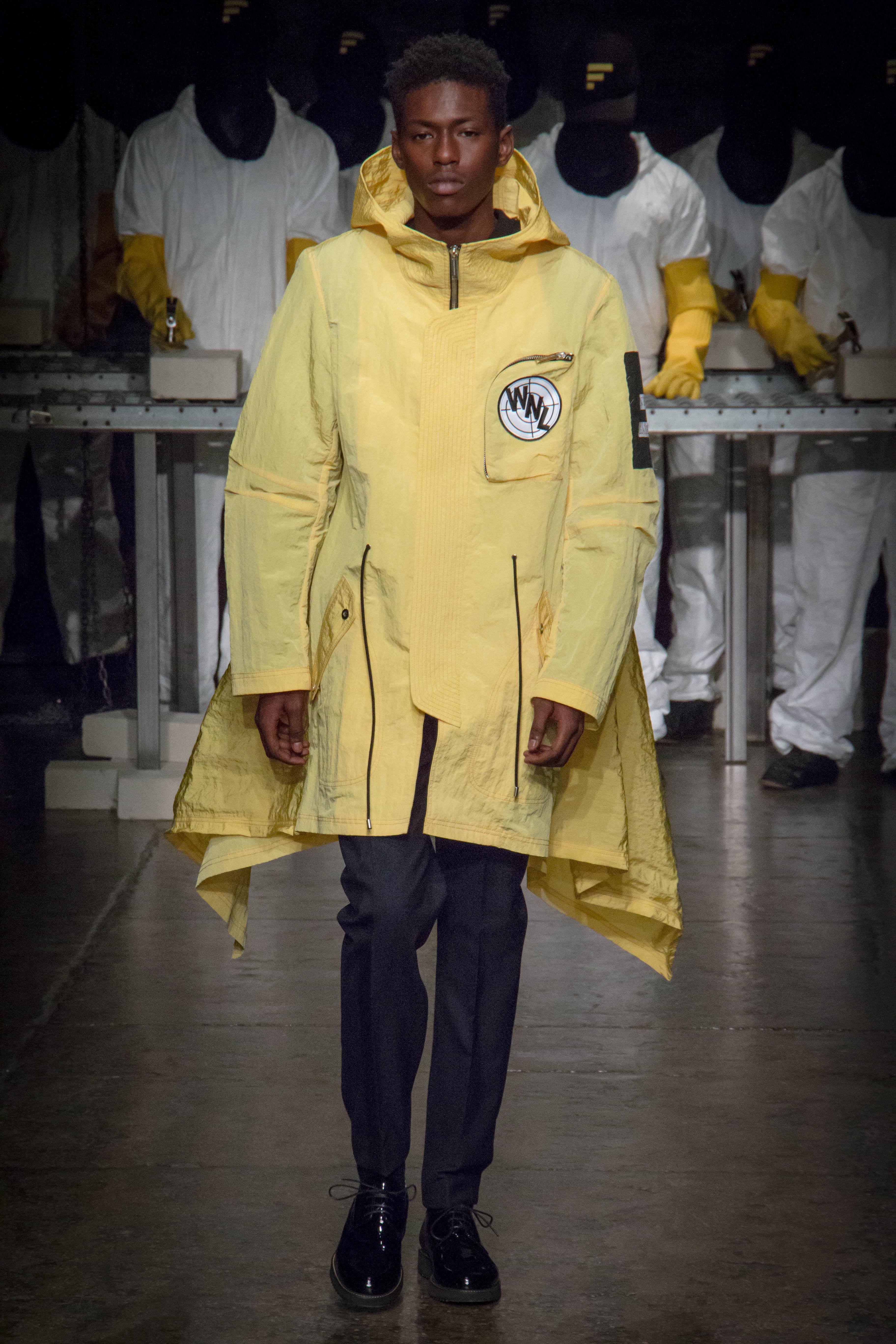 Dwyane-Wade-Victor-Cruz-Victor-Oladipo-Public-School-Spring-17-fashion-show-6