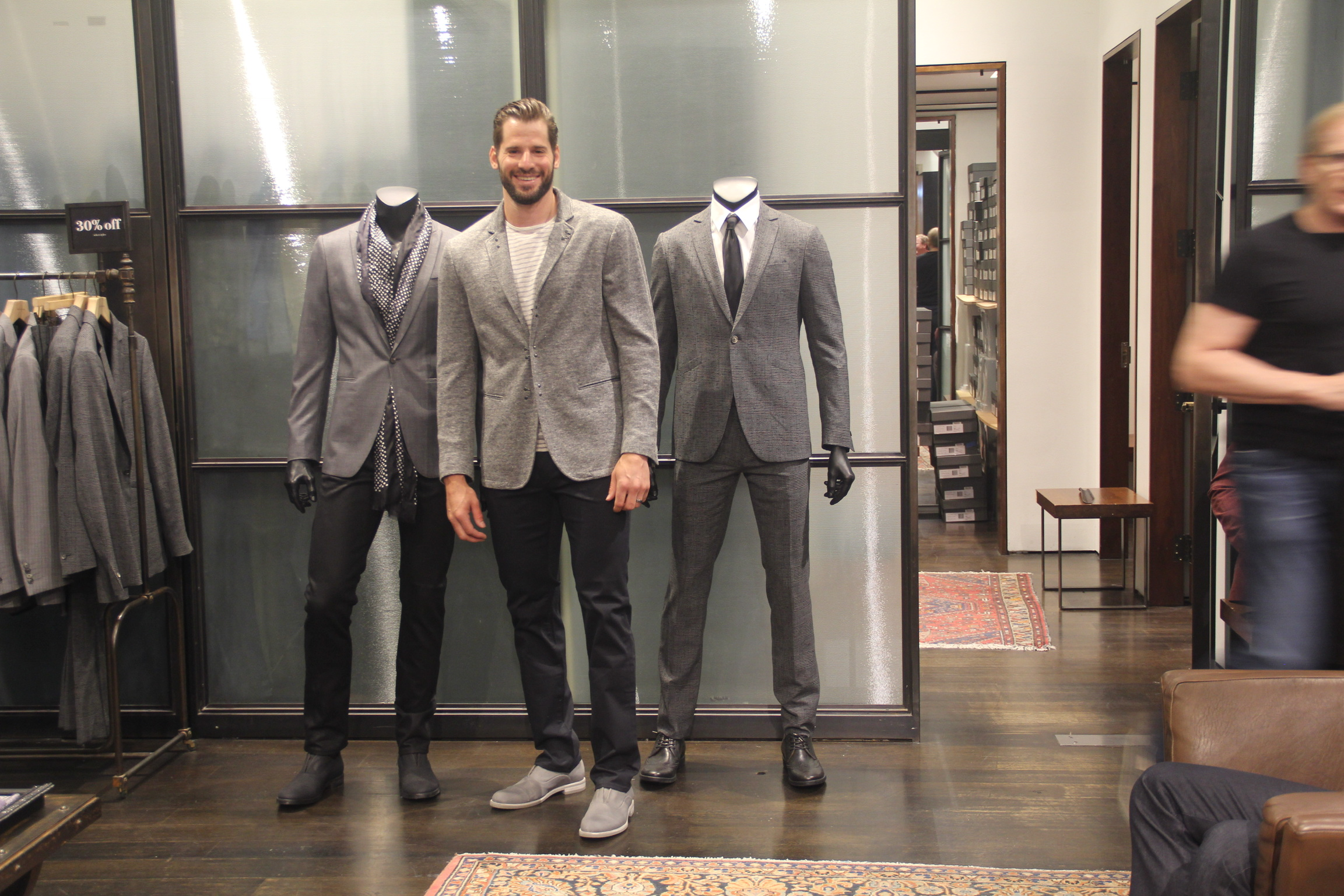 STYLE: Ryan Kesler Will Wear John Varvatos For 2016 NHL Awards