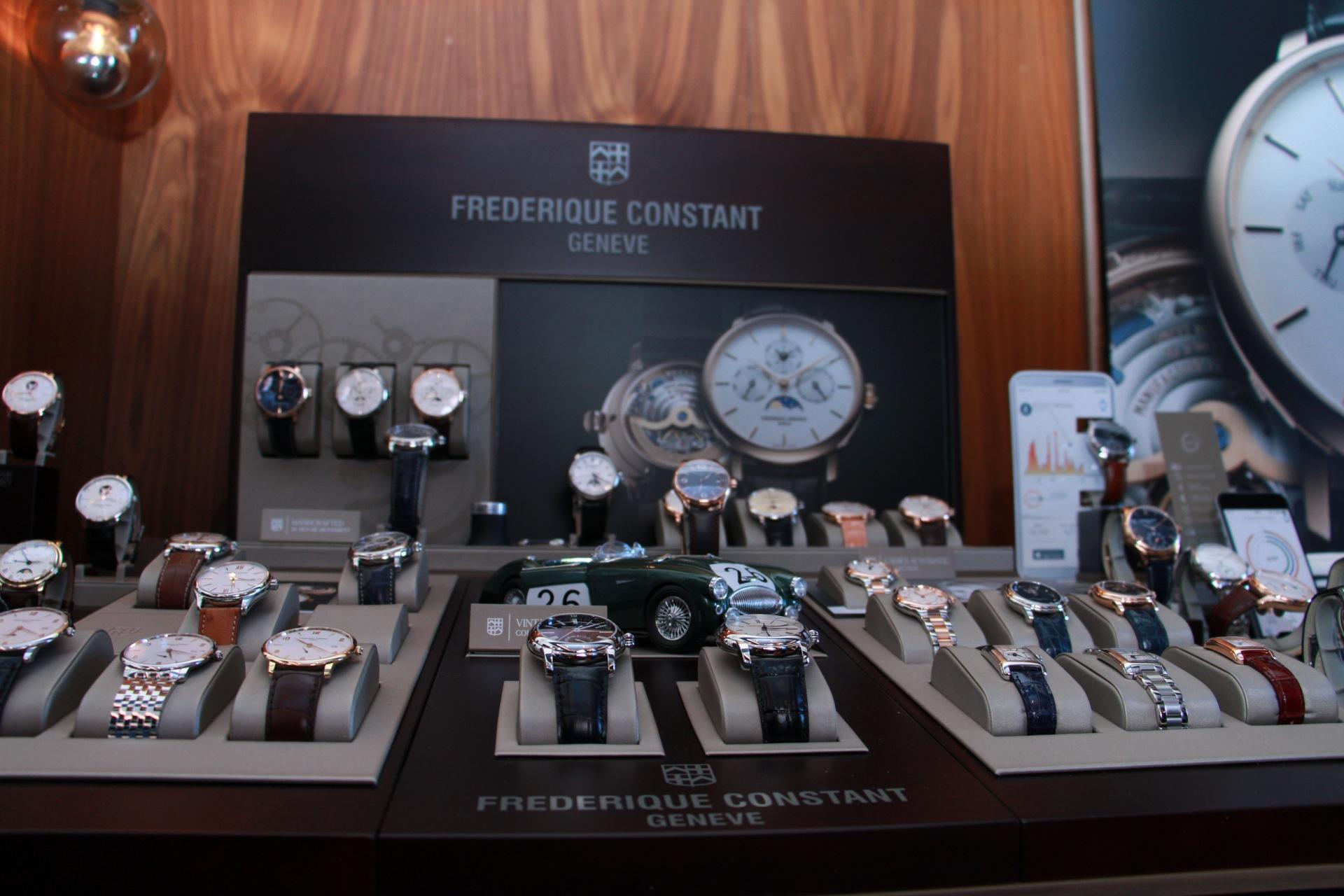 Frederique-Constant-runabout-4