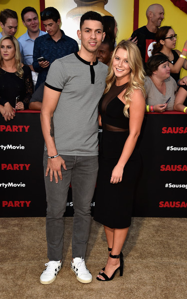 Austin-rivers-Premiere+Sony+Sausage+Party+Arrivals+7Gy--YnKMJdl (1)