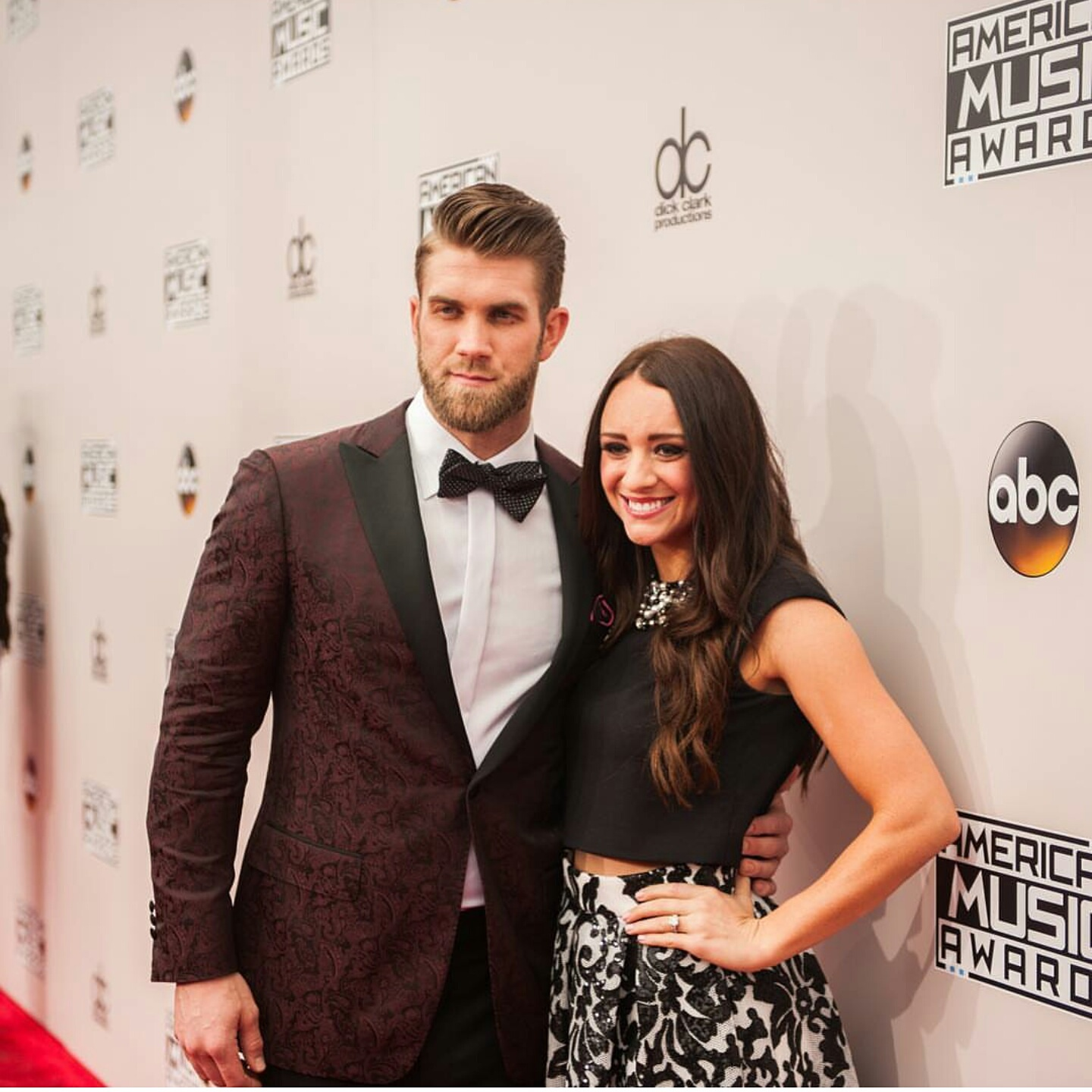 STYLE: MLB Bryce Harper Attends 2016 AMAs Award Show, Says It Only Took Him 20 Minutes To Get Ready