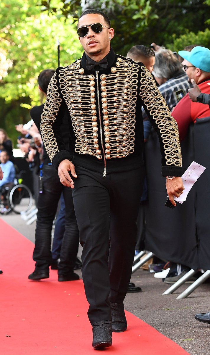 Memphis Depay's Trophees UNFP Ligue 1 Football Awards Balmain Rope-Embroidered Velvet Jacket.