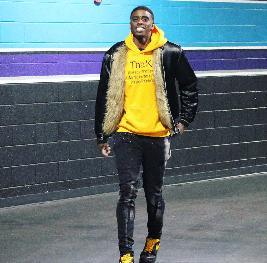 Hornets' Dwayne Bacon talks about his love for fashion, upcoming NBA Season & More